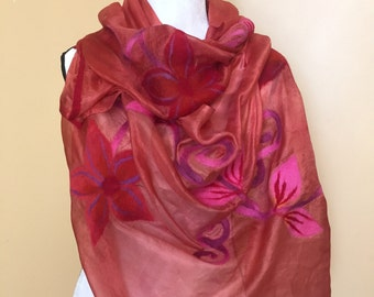 Silk Felt Red Floral Scarf / Natural / Handmade / Felted scarf / Floral / Gift for Her / Soft / Shipping from New York