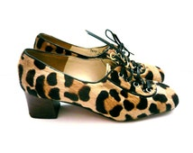 Leopard print shoes . Brown hair heel shoes for women . Brand: Record . Size fr 36 / uk 3.5 / us 5 . Made in Italy . Vintage 1960s