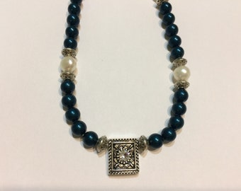 Teal crystal pearl necklace with swaroski crystal pendant