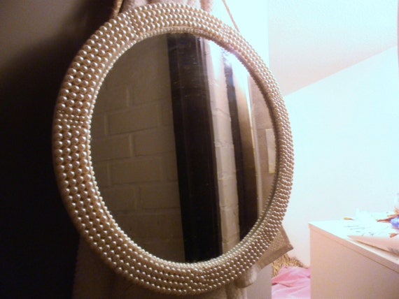 pearl mirror/ round mirror with pearls