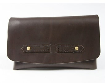 Vegetable tanned brown leather tobacco pouch