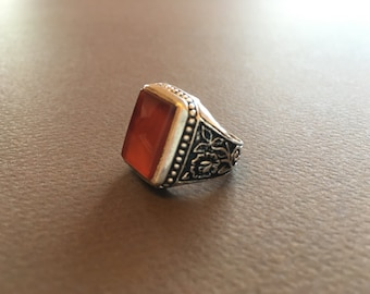925 Silver ring with gemstone carnelian