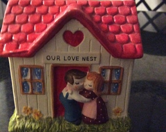 Ceramic love nest coin bank by Enesco