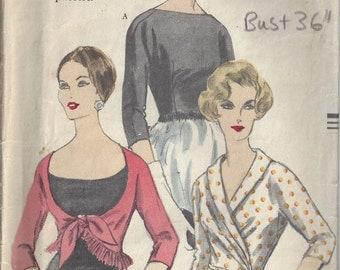 1950s Vintage VOGUE Sewing Pattern B36 BLOUSE (1673) Vogue 9859