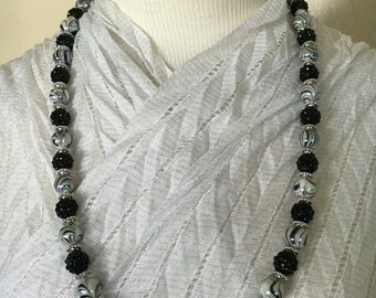 Black Swirl and Silver Beaded Necklace!