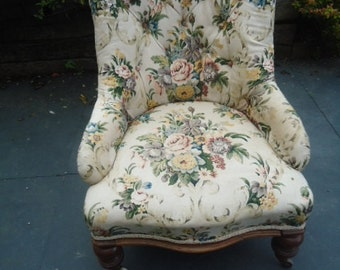 Antique pretty Victorian nursing bedroom chair