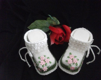 knitted baby shoes, baby shoes, baby socks, Babybooties * Jacton *.
