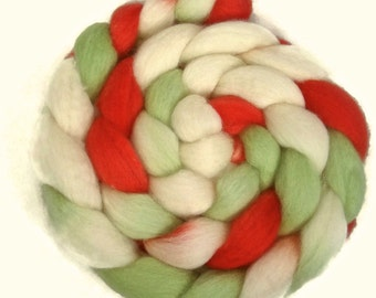 Handpainted BFL Wool Roving - 4 oz. JINGLE BELLS - Spinning Fiber