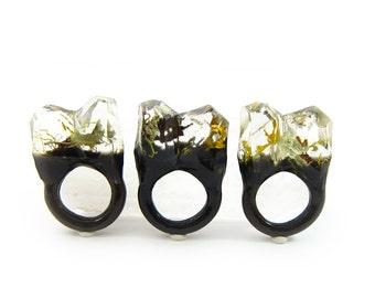 Lichen Moss Terrarium Resin Ring • Size 5.5 • Eco Resin Ring • Unusual Ring • Faceted Resin Terrarium Ring • Nature Resin Ring • 2G