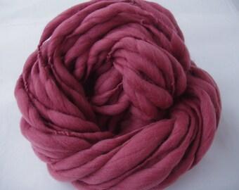 Handspun merino yarn, JUMBO VI, super bulky yarn, giant knit, thick and thin merino yarn, rosewood, pink yarn, chunky yarn, 3.5oz, 30yds