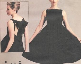 Vogue 1102 - Andrea Katz Objects OPEN-BACK DRESS  - Sewing Pattern - Sizes 14-16-18-20 - Uncut