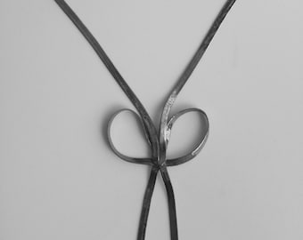 Vintage Cookie Lee Gunmetal Silver Tone Chain Bow Necklace