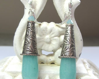 Aqua Jade Teardrop Earrings. Aqua Jade Drop Earrings. Turquoise Jade Earrings.