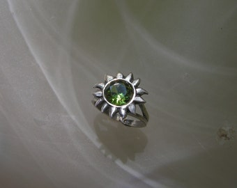 Sterling Silver And Peridot Sun Ring