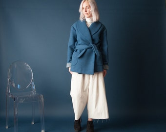 up my sleeves 70s blue short belted robe coat / wrap coat / winter coat / s / 983o