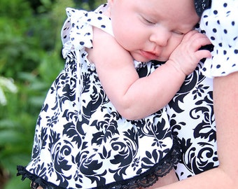 Black white mother daughter baby girl outfit, damask polka dot halter top bloomer baby set, baby shower gift, 1st birthday outfit