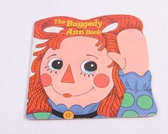 The Raggedy Ann Book by Janet Fulton
