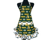 Green Bay Packers Apron with pocket, fully adjustable with retro style ruffle, Football kitchen decor, Tailgating, Grilling, Footabll girl
