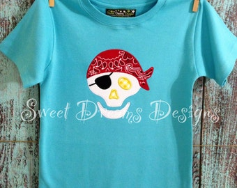 """Boys """" to die for"""" skull shirt. Available in long or short sleeves."""