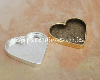 Large Heart Pendant, NUNN DESIGN, Sterling Silver Plate / Antique Gold (1 Piece)