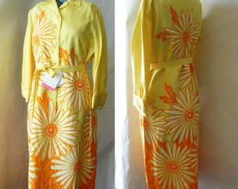 Vintage 60s Hand Printed Shift Dress 6 8 10 GRAPHIC Daisies Mod Yellow Orange Miss SERBIN Never Worn with tags