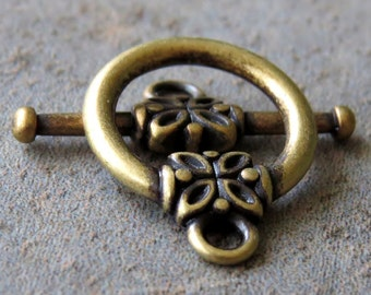 14mm Antique Brass Floral Toggle Clasp : 2 Antique Brass Clasps