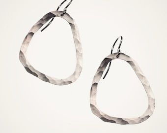 skipping stone earrings, organic hoop earrings, sterling silver, nature-inspired jewelry