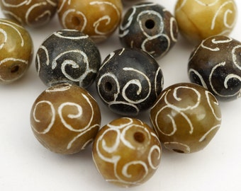Multicolor spiral beads, soo chow jade carved semiprecious stone 14mm 15mm, 12 pcs