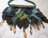 TUTORIAL: Overgrowth Bib style necklace Beaded leaves