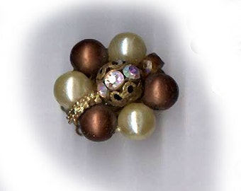 vintage clasp classic chunky TWO strand clasp jewelry rhinestone necklace clasp glass pearls BRONZE and pearl and rhinestone bead
