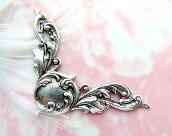 ANTIQUE SILVER (2 Pieces) Scroll Corners Stamping ~ Jewelry Ornament Findings (C-1104)