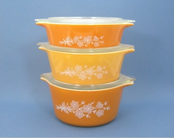 Butterfly Gold II Pyrex Casseroles, Set of 3, Capacity 4, 3, 2 cups, Vintage 1970s Kitchen, Glass Oven Microwave Safe Orange Gold