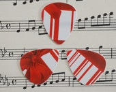Guitar Picks - recycle Upcycled pick plastic gift cards for your Ukulele Guitar Mandolin - Christmas Gift Box