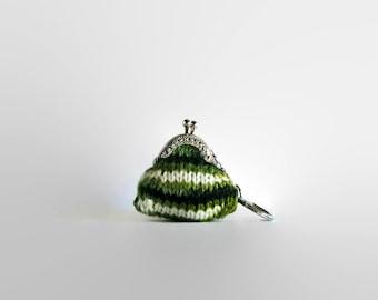 Keychain Coin Purse, Green White Wool, Hand Knit Coin Purse, Clasp Coin Purse, Mini Coin Purse, Bag Accessories, Wool Coin Purse