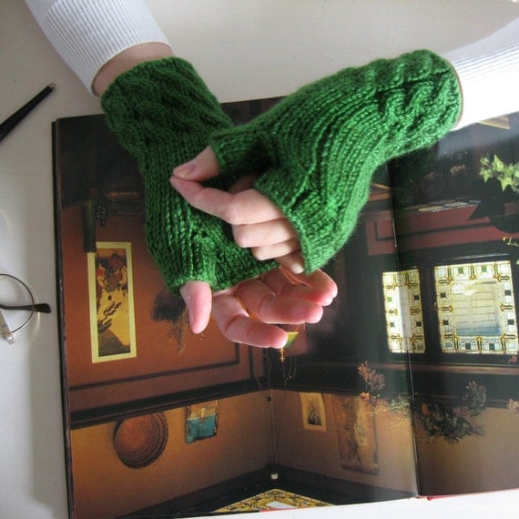 Cute Knit Fingerless Gloves in Green Merino Blend Wool - Woman Mittens