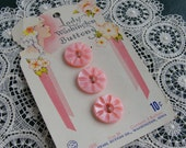 Set of 3 Vintage Lady Washington Carved Pink Dyed Mother of Pearl Buttons Original Store Card