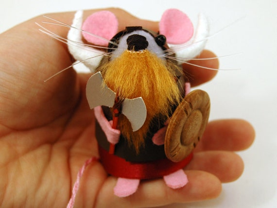 Viking Mouse ornament felt hamster rat mice cute gift for animal lovers and mouse collectors - Varmod Catcrusher
