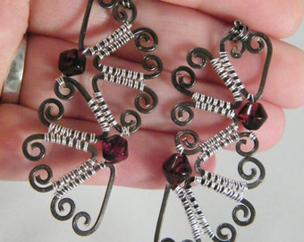Dangly hammered hearts Valentine's earrings