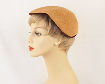 1950s Hat Tan Straw Mesh Heart Shaped Beret Sz 22