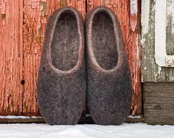 Husband gift - Felted mens womens slippers in natural brown wool with alpaca surface