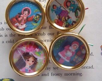 four super adorable gold metal button frames