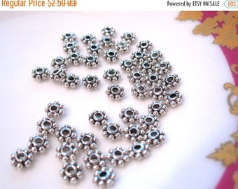 Summer SALE 50 pcs of Antique silver flower spacer Daisy spacer 4x1.5mm MB 003