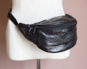 Vintage 90s Leather Fanny Pack in Black & Brown // Hip Pouch Satchel // Adjustable Multiple Zipper Pockets