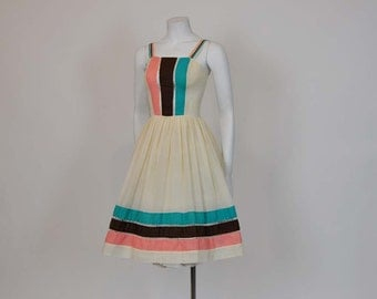 1970s dress / Serbety Sweetness Vintage 70's does 50's Sundress Dress