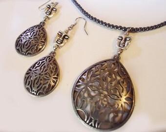 Necklace Earring set Antique look Hematite