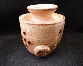 WheelWorksPottery - Garlic Jar - Nutmeg