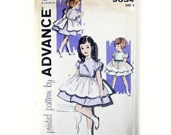 Toddler's Party Dress Pattern / Full Skirt Dress with Scollop Hem Over Skirt / 1960 Vintage Pattern / UNCUT Advance 9634 / Size 4