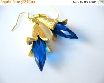 Electric Blue Earrings  Faceted Teal Drop Briolette Dangles  Matte Gold Petal Bead Caps  Dramatic, Feminine  Gift Box