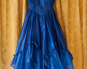 Vintage Dress  - Beautiful Blue Bridesmaid Party Ruffles Tulle 80s