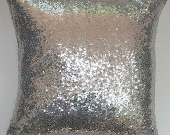 Silver sequin pillow. Silver decorative pillow.  Wedding decor. Event pillow cover.  Shiny pillow cover. 18inchs
